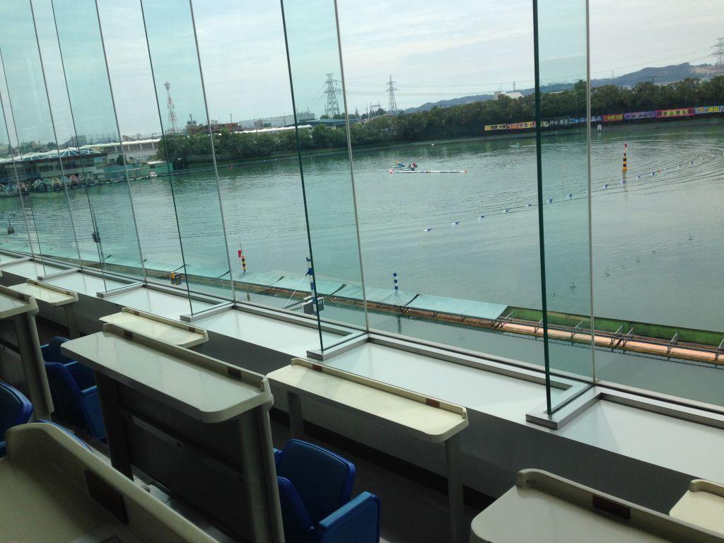 多摩川競艇2F